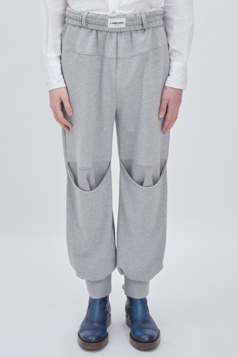 KNEE DARG SWEAT PANTS (GREY)