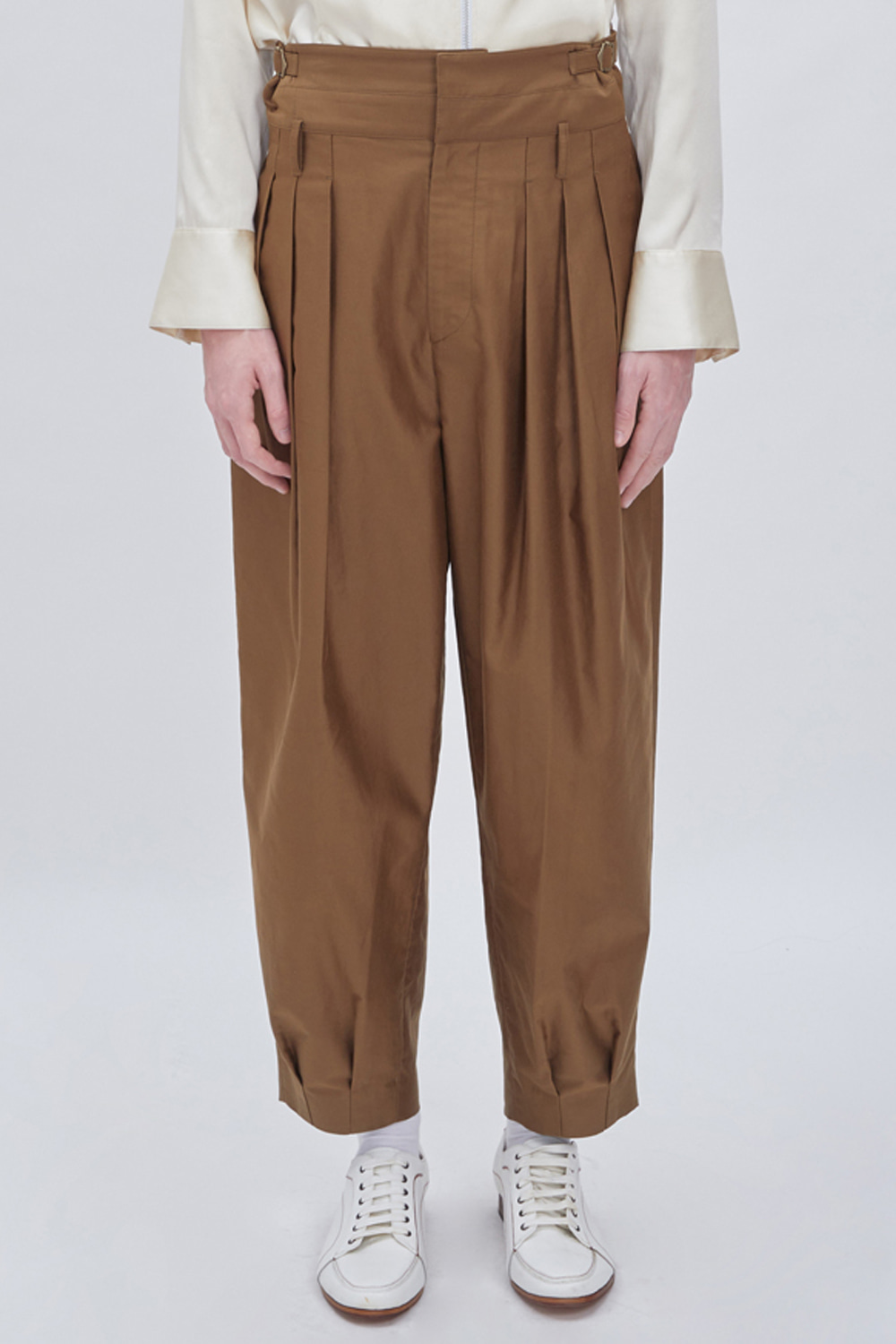 DOUBLE WAIST TAPERED PANTS (OLIVE)