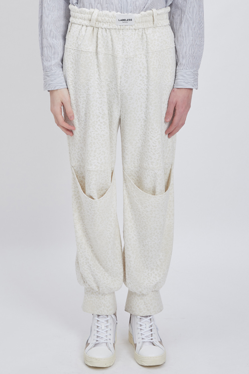 KNEE DARG SWEAT PANTS (JACQUARD)