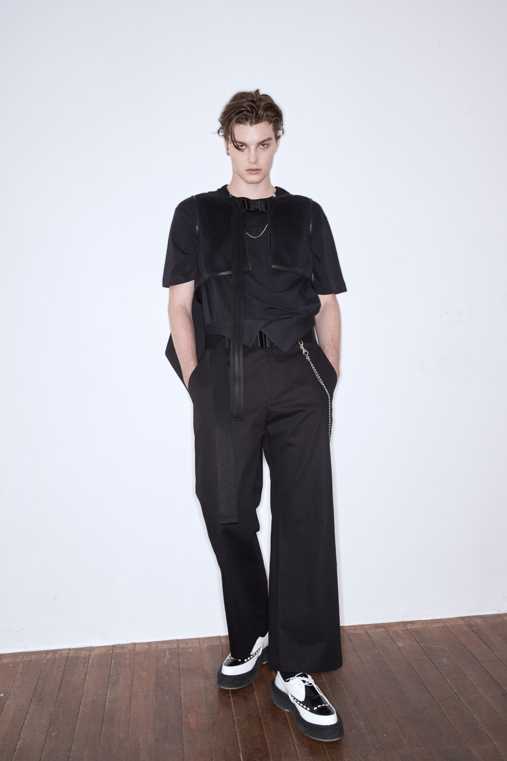 FOLDING WAIST BUCKLED WIDE TROUSERS